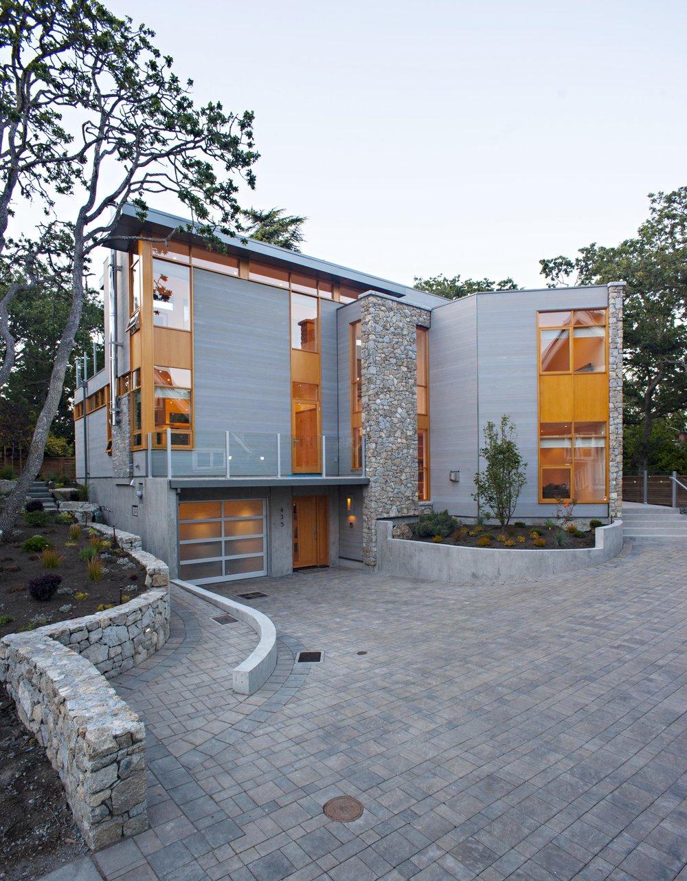 Chadwick Lane Residence  Victoria, BC 2013
