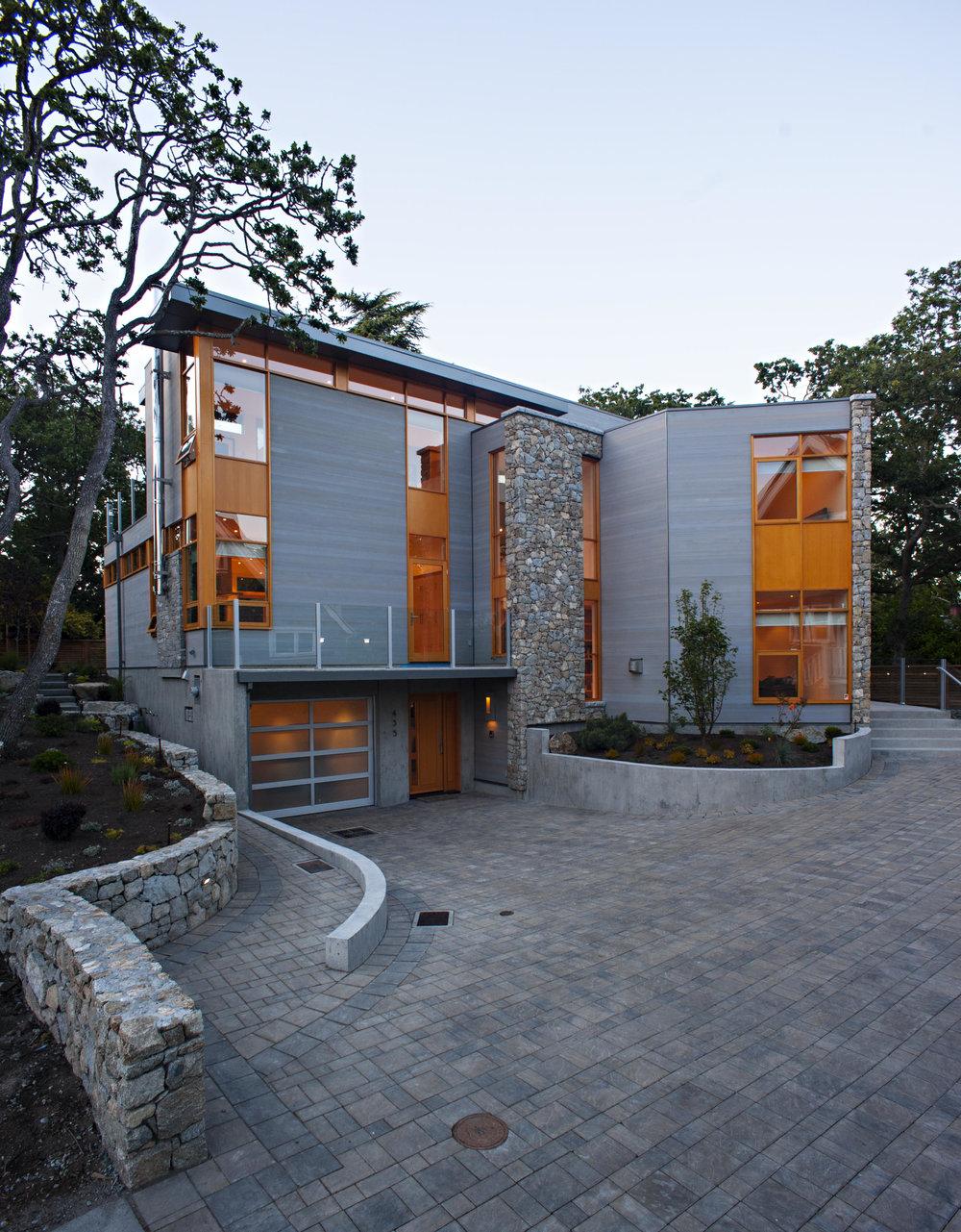 Chadwick Lane Residence