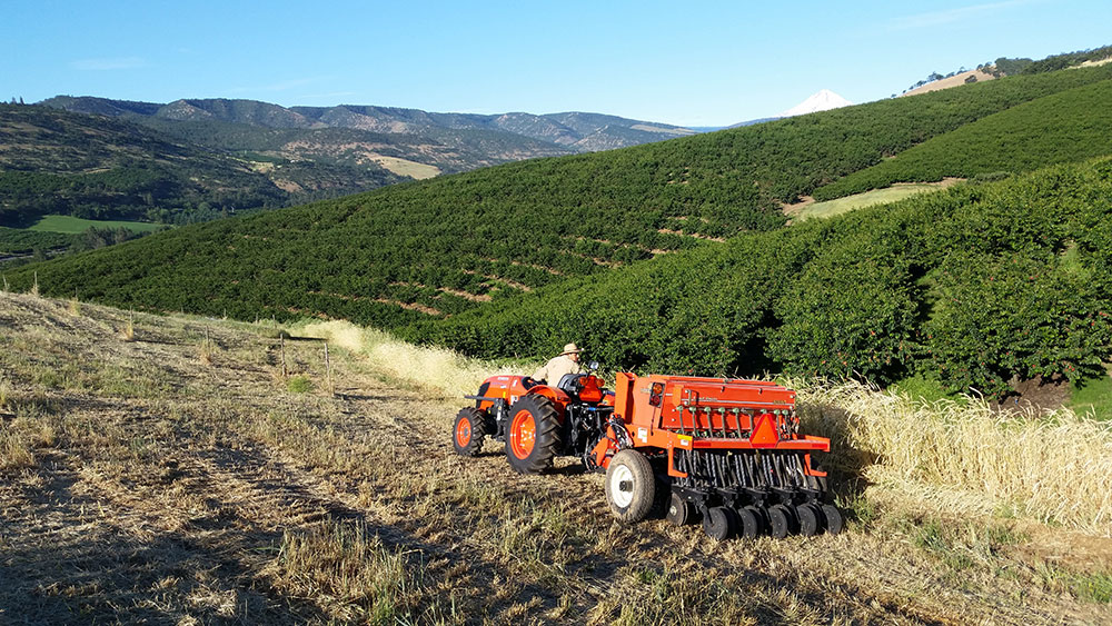 Orchards-Tractor-3.jpg