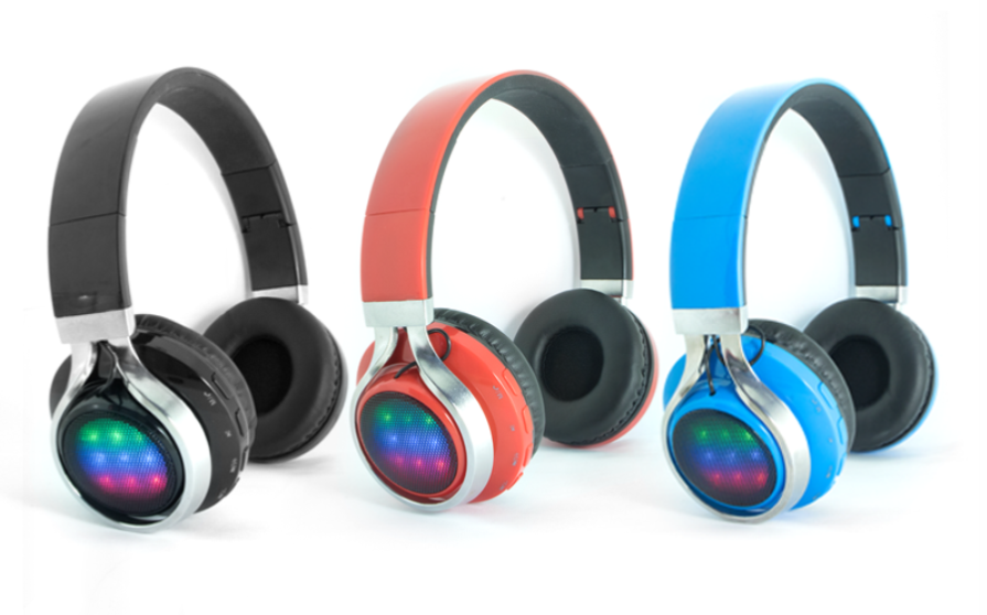 2017-ShenZhen-Colorful-LED-light-Bluetooth-Headsetdfdsfdsfds.png