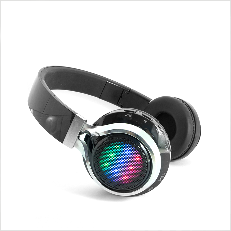 2017-ShenZhen-Colorful-LED-light-Bluetooth-Headset.png