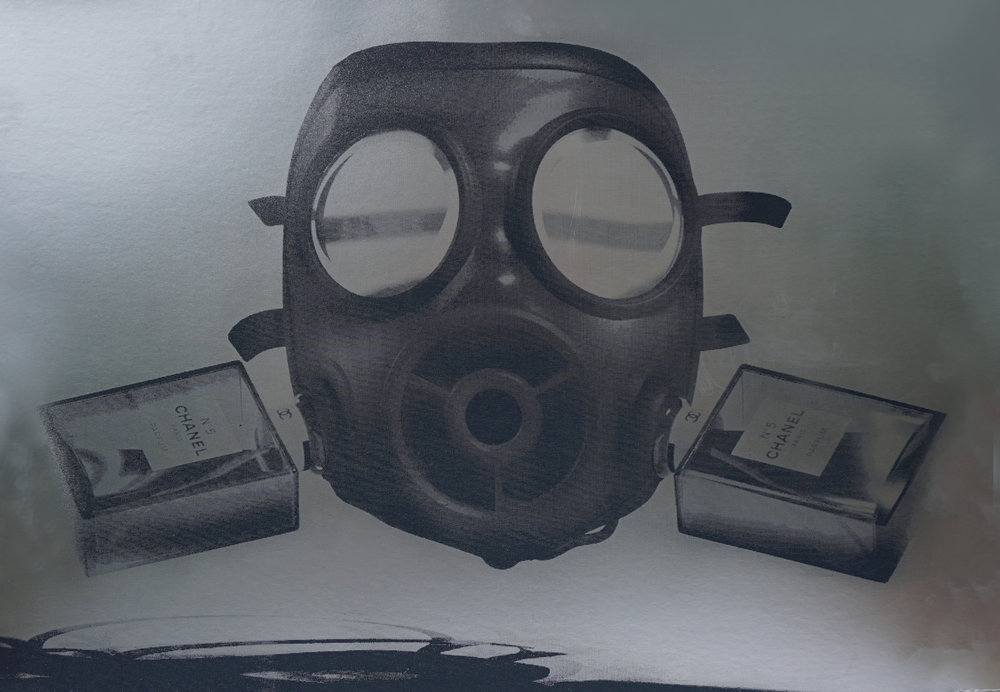 Chanel_Mask-Clean_Silver.jpg
