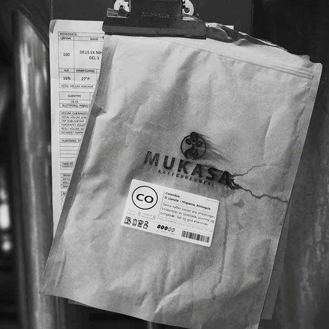 Something to wake you up in the morning! Or put you to bed at night? Vårt eminente lokale kaffebrenneri @mukasakaffebrenneri leverer... #detvendebryggeri #craftbeer #coffeestout #webelieveinnothing #mukasa #strongstuff #snartferdig