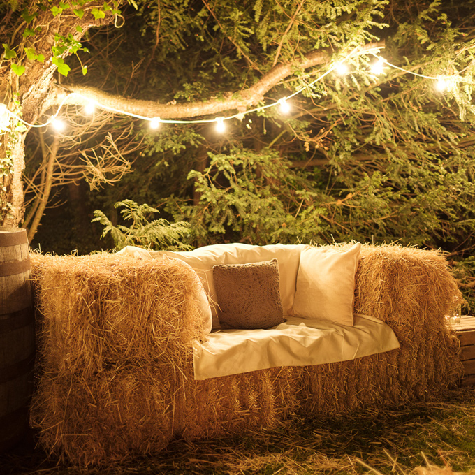 two-seater-hay-bale-sofa.jpg