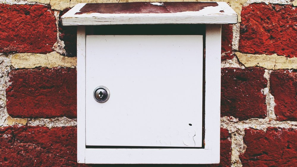 Mailbox Lockouts - Our expert locksmith technicians have years of experience opening locked mailboxes with our fast and cheap mailbox lockout services. If your mailbox key is ever lost or misplaced then give us a call so one of our licensed experts can come to you and replace your mailbox lock.