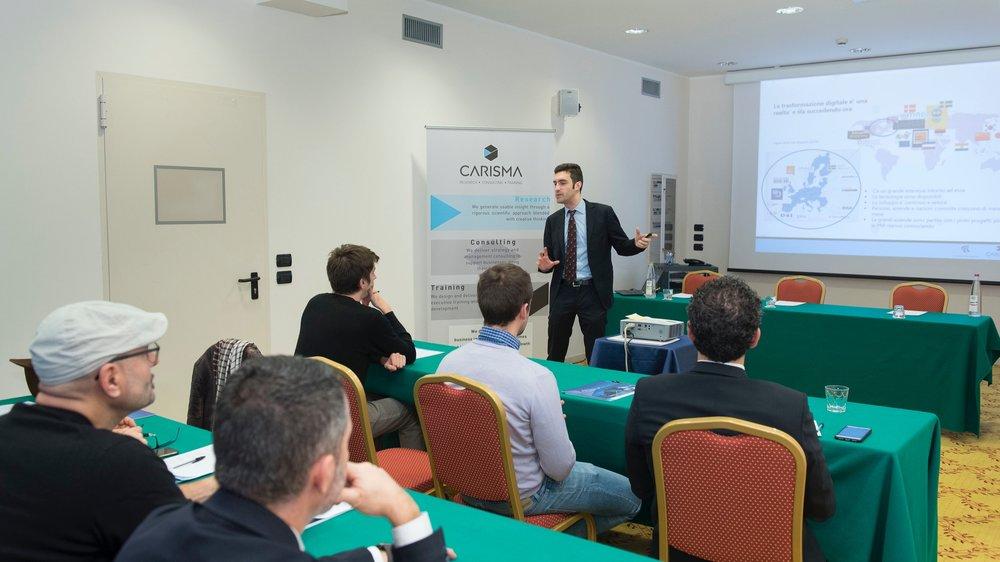 Conferenza-043CARISMA.jpg