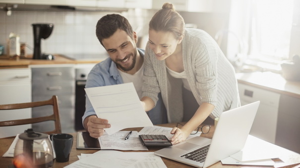 Setting financial goals as a couple is a key step in the financial planning process. Find out how with Runey & Associates Wealth Management.