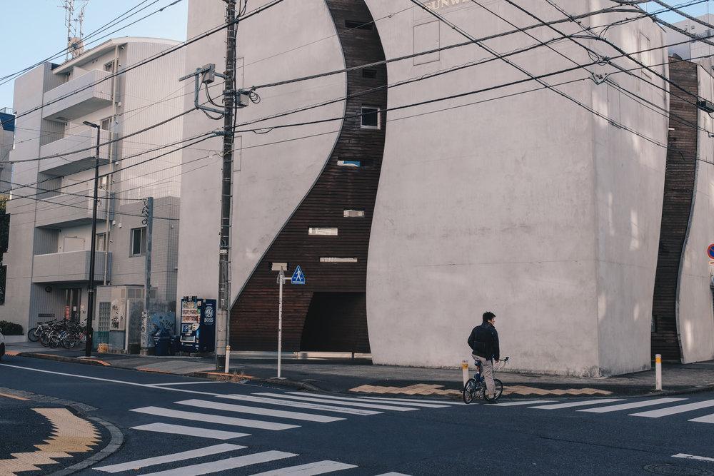 omotesando-hills-tokyo-cycling.jpg