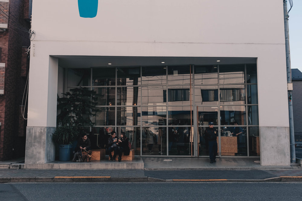 Once the preserve of geeky techies, Blue Bottle has found success worldwide amongst a generation of coffee believers. The roastery has 7 outlets in Tokyo, and an upcoming one in Kyoto.