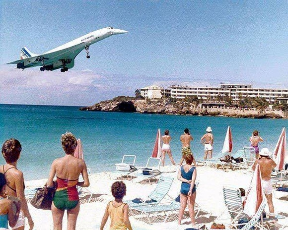 One of Air France's Concordes flying into Princess Juliana Intl Airport on St Maarten, photo from aviationclub.aero
