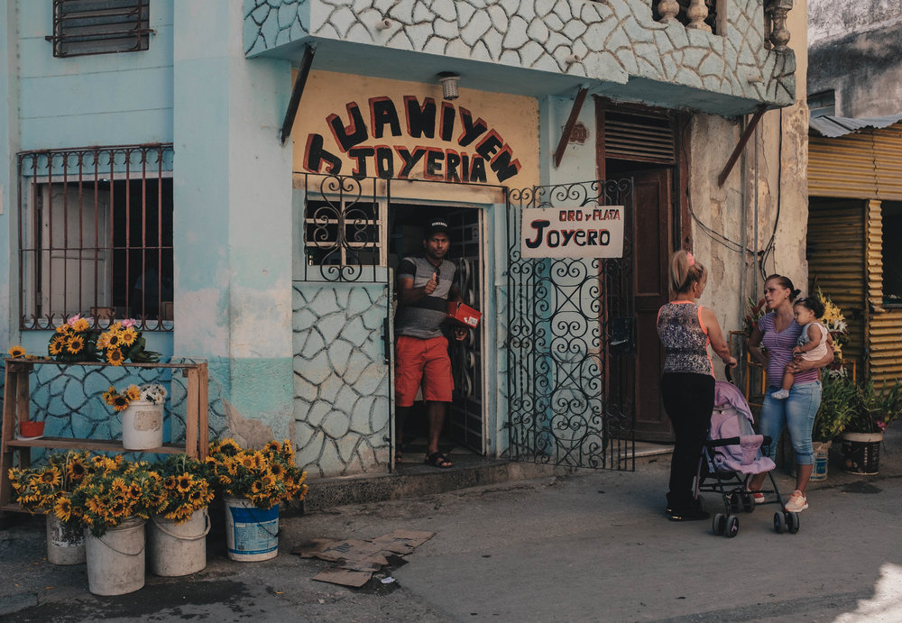 Havana loves colour and that's exactly what photographers want to see