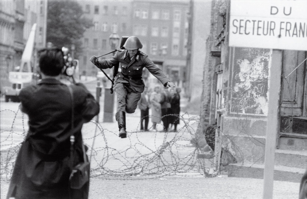 Conrad Schumann's fateful leap into freedom - the democratically aligned West Berlin,  photo from TIME Magazine