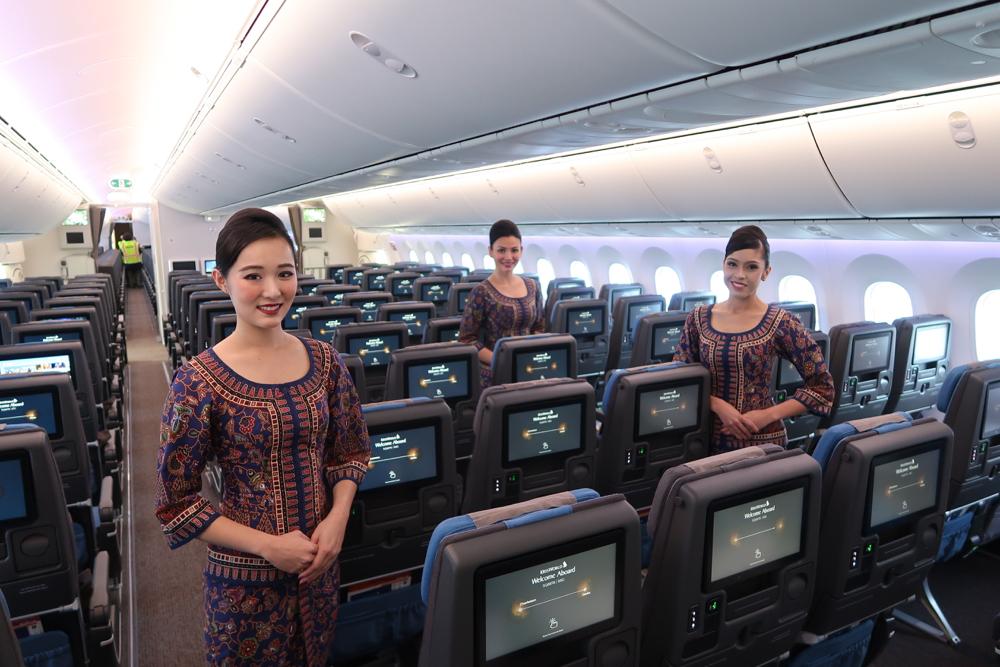 sq-78710-dreamliner.jpg