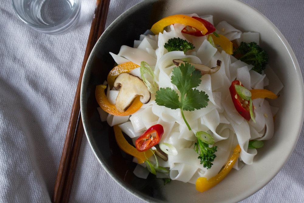 Asian Noodles Bowl