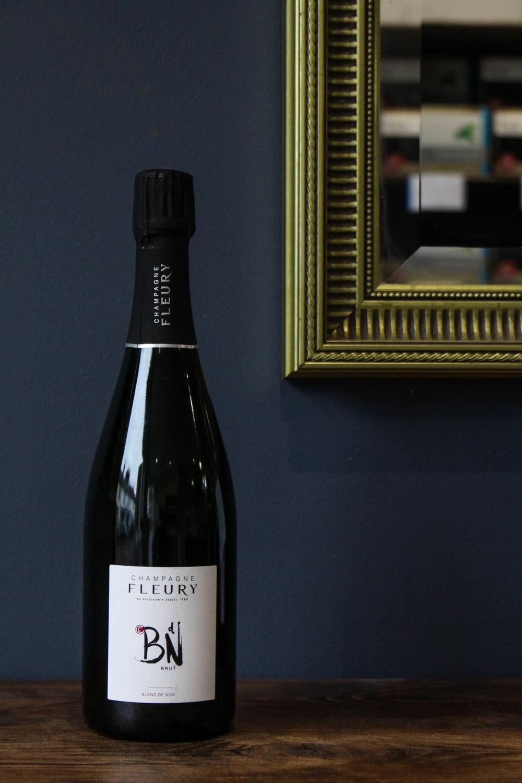 Black Tavern Club: Champagne