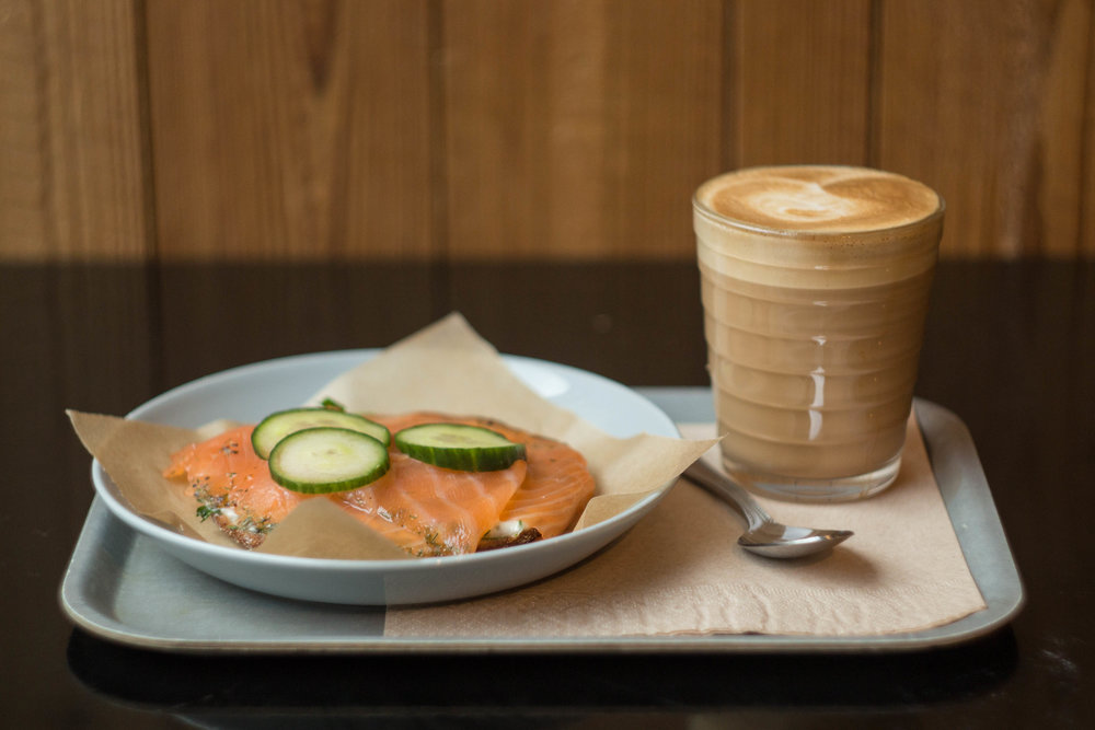 Nordic Bakery: Rye bread with smoked salmon and coffee