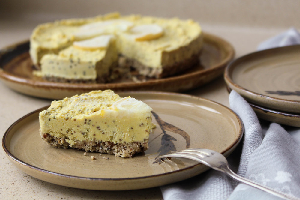Raw ginger, lemon and chia cheesecake slice