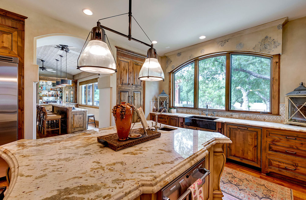 Steve_Bumpas_Custom_Homes_Granbury_Lantana_11.jpg