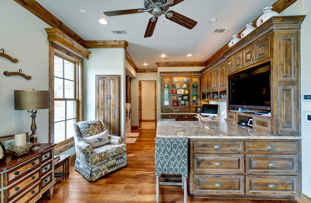 Steve_Bumpas_Custom_Homes_Granbury_Lantana_23.jpg