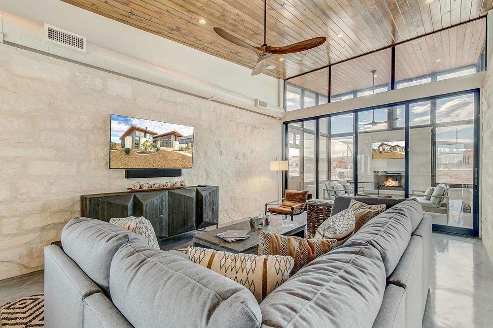 Steve-Bumpas-Custom_Homes-The-Residences-at-Rough-Creek-Lodge-The-Brook-Lot-17-05-Luxury-Ranch.jpg