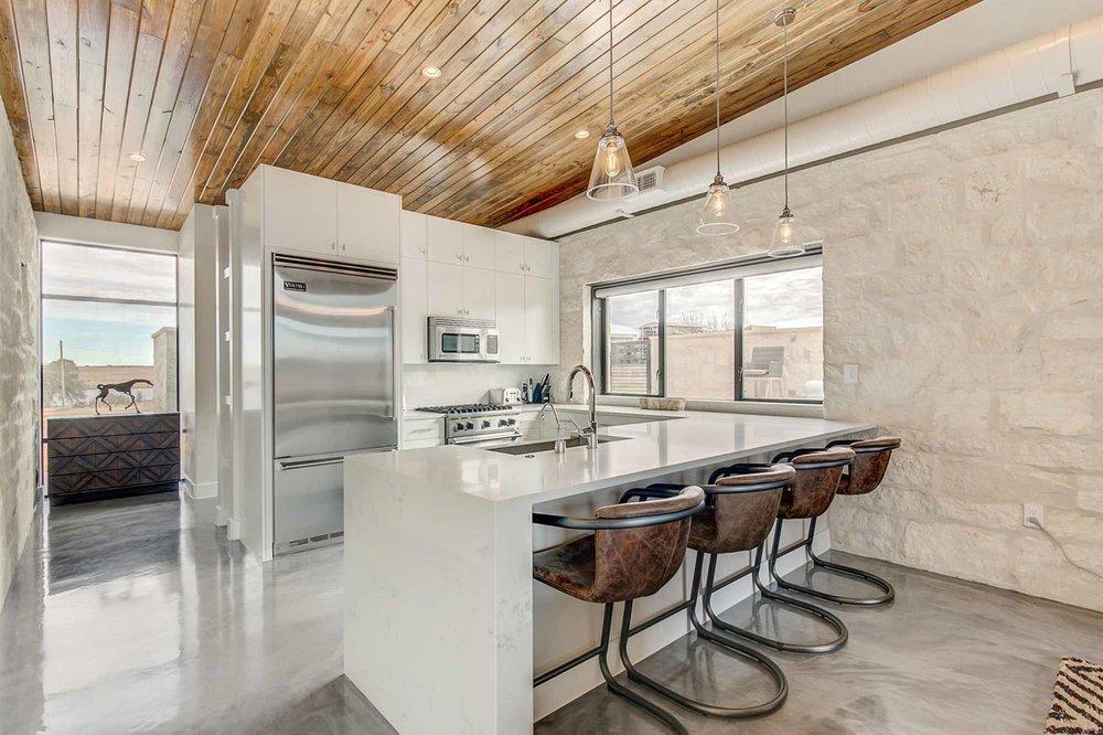 Steve-Bumpas-Custom_Homes-The-Residences-at-Rough-Creek-Lodge-The-Brook-Lot-17-09-Luxury-Ranch-Home-Glen-Rose-Texas.jpg