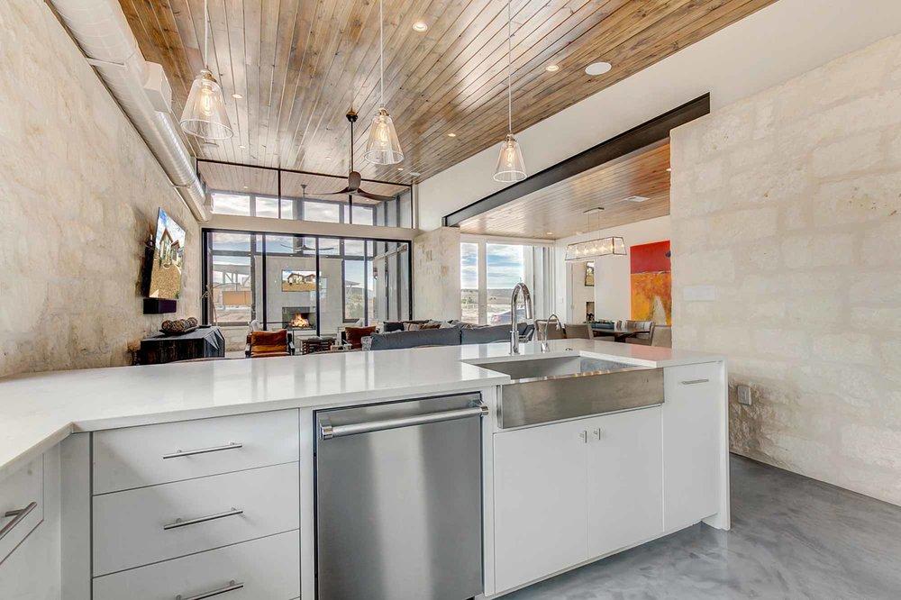 Steve-Bumpas-Custom_Homes-The-Residences-at-Rough-Creek-Lodge-The-Brook-Lot-17-10-Ranch-Homes-Texas.jpg