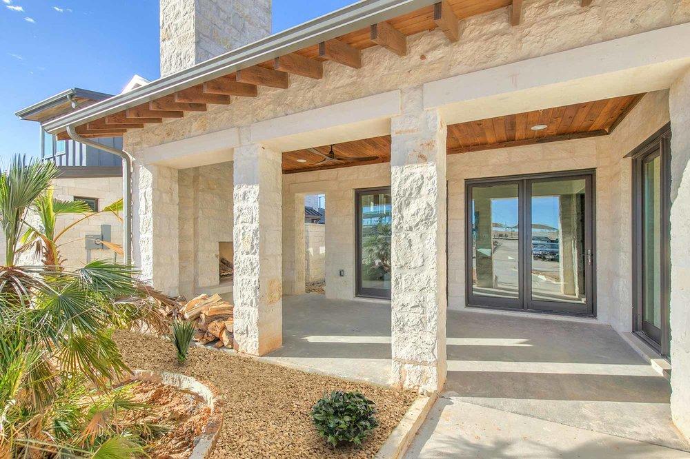 Steve-Bumpas-Custom-Homes-The-Residences-at-Rough-Creek-Lodge-The-Lynn-Lot-15-02-North-Texas-Ranch-Homes.jpg