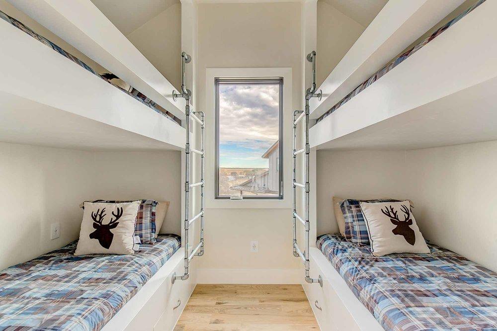 Steve-Bumpas-Custom-Homes-The-Residences-at-Rough-Creek-Lodge-The-Lynn-Lot-15-16-Luxury-Ranch-Homes-for-Sale-Fort-Worth.jpg
