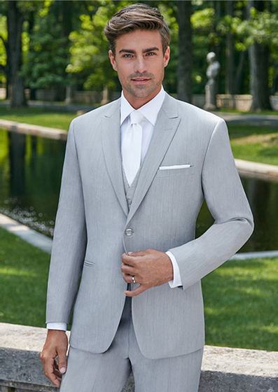 Ike Behar Grenada - Luxury wool1 buttonGreyShown with coordinating accessories and luxe microfiber shirt.