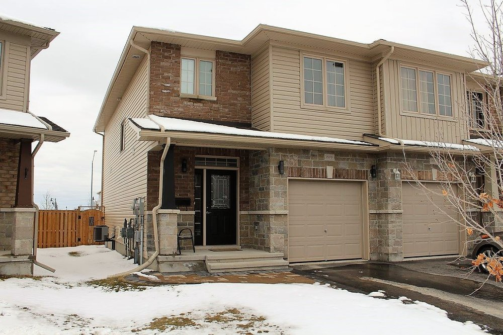 1570 Davenport Crescent - SOLD - -