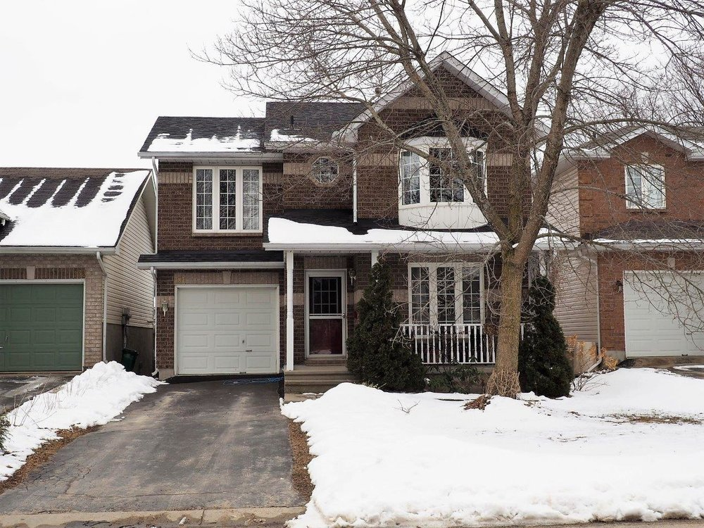 131 Dalgleish Avenue - $349,900 -