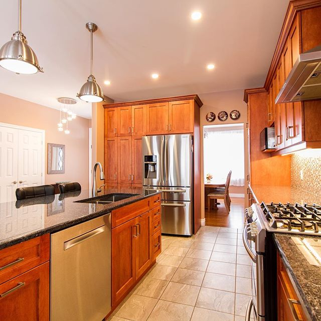 OPEN HOUSE! Come visit us at 104 Summerside Drive this Saturday March 30th between 2 pm – 4 pm & Sunday March 31st between 2 pm – 4 pm at this beautiful home! For more details please visit our website below or come and chat with one of our team members at the open house.  http://thesoldsolution.com/ #openhouse #ygkkingston #realestate #realestateagent #teamkrishannathan#kingston #realtor #relaxation #homesforsale #forsale #realestateagents#firsttimehomebuyer #homes #properties #homeowners #homeownership#realtorslife #location #privacy