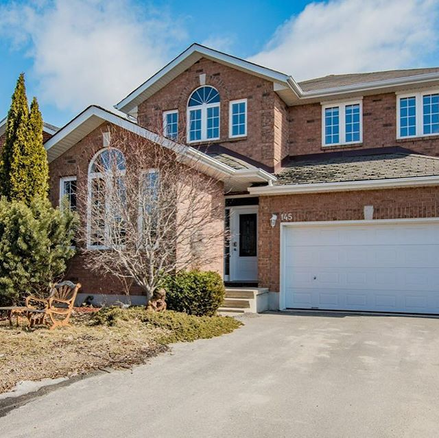Open House!  Come and see this Bright and Beautiful Home 145 Aaron Place this Saturday March 30th and Sunday March 31st between 2 pm – 4 pm  For more details please visit our website below or come and chat with one of our team members at the open house.  http://thesoldsolution.com/ #openhouse #ygkkingston #realestate #realestateagent #teamkrishannathan#kingston #realtor #relaxation #homesforsale #forsale #realestateagents#firsttimehomebuyer #homes #properties #homeowners #homeownership#realtorslife #location #privacy