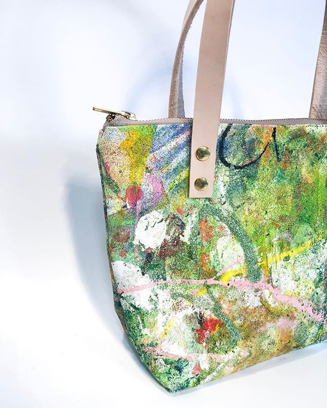 """❄️💖🎨 happy New year!  Health wealth love and happiness to all !! 💖🙏 ☝ With us 👜  33/50 Mini Tote Bag  14 oz canvas  Oil & Acrylic Paint  Satin liner in ballet slipper pink  Yoshida Kōgyō Kabushiki Zipper  Genuine Leather Straps  Measures 8 * 3 * 9"""" Approx"""