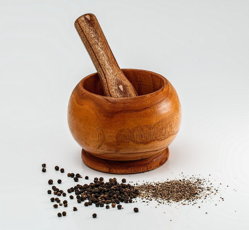 mortar-and-pestle-436885_1920.jpg