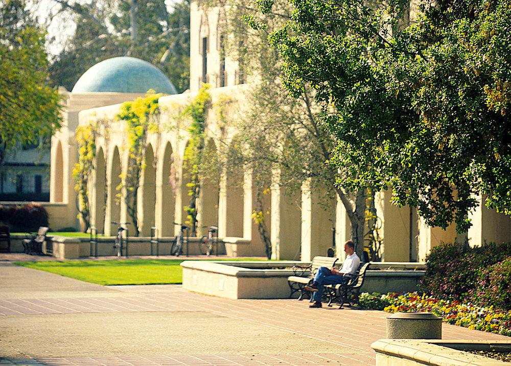 Caltech Courtyard.jpg