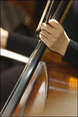 Liz Cabrera Cello.jpg