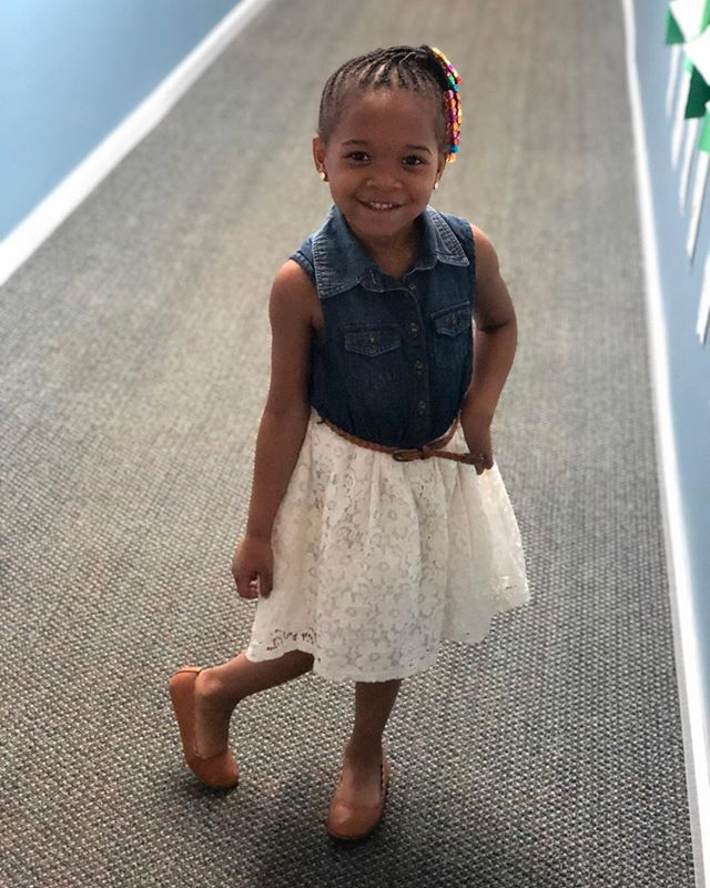 It's picture day! Addy's last daycare picture day. Next up is KINDER! #noinstructionsgiven #shelovesacamera #beautifulbrownbaby #kidswithstyle #kidswithbeads #naturalgirl #pieceofmyheart