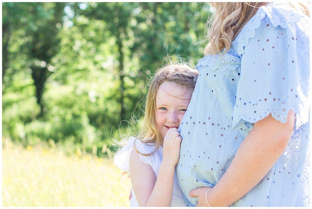 Jess-maternity-colwynbay_0005.jpg