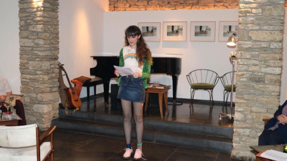 meg performing 2.PNG