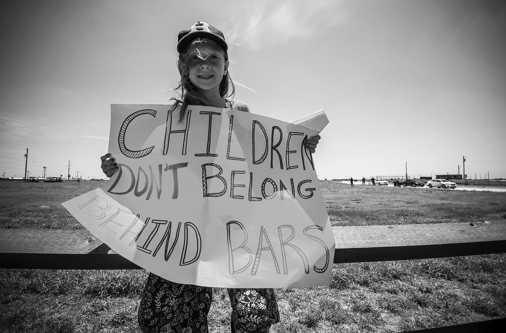 StevePavey-ChildrenDontBelongBehindBars.png