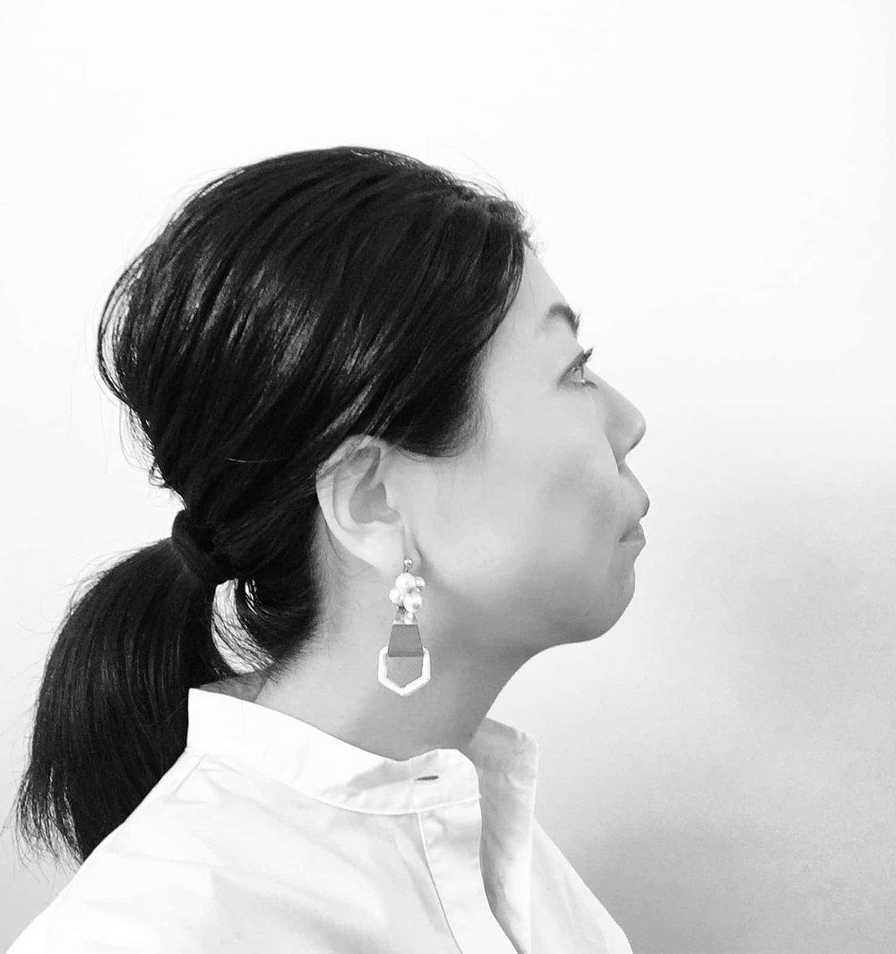 Aki Manako, Designer of 0810
