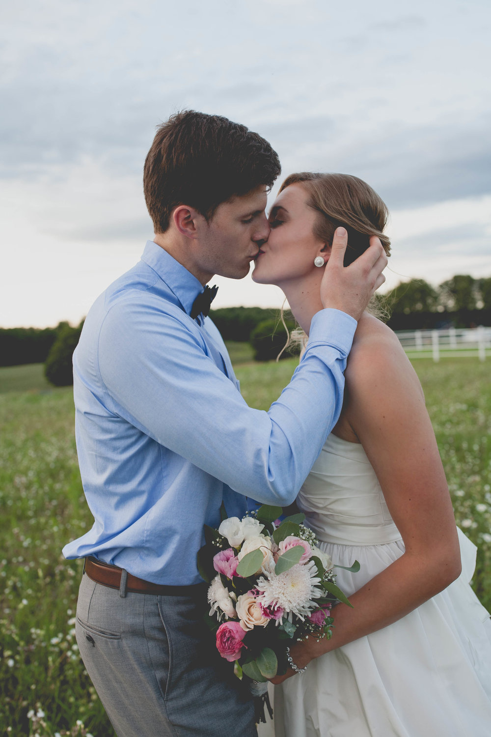 michigan-wedding photographer-clare-traverse city-
