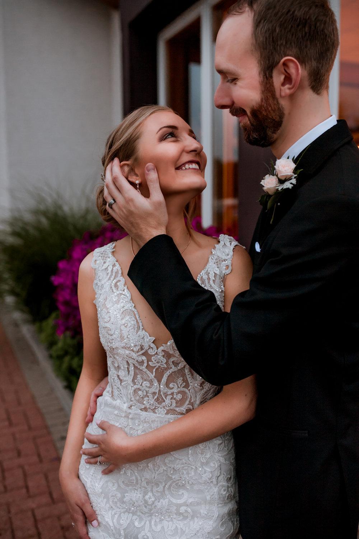 Frankenmuth-Bavarian-Inn-Wedding-Photography