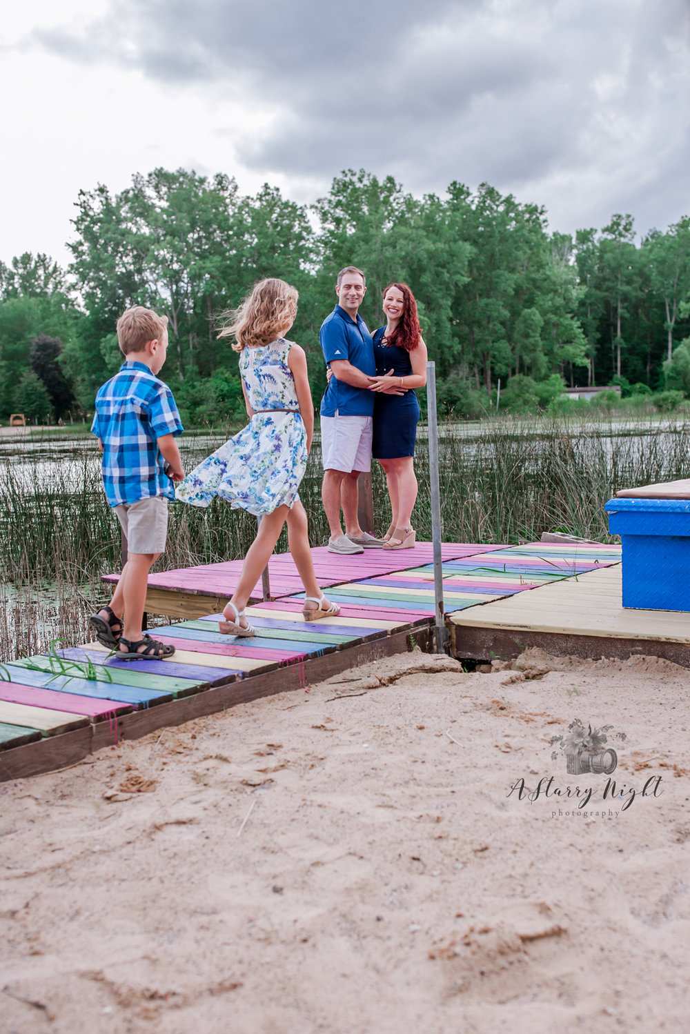 Lake-thirteen-central-michigan-family-photography.jpg