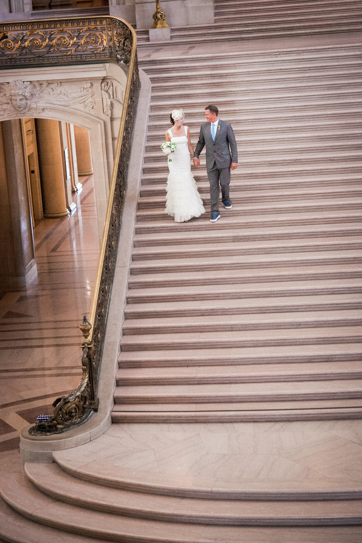 015_janaeshieldsphotography_sanfrancisco_cityhall_weddings.jpg