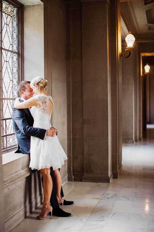038_janaeshieldsphotography_sanfrancisco_cityhall_weddings.jpg