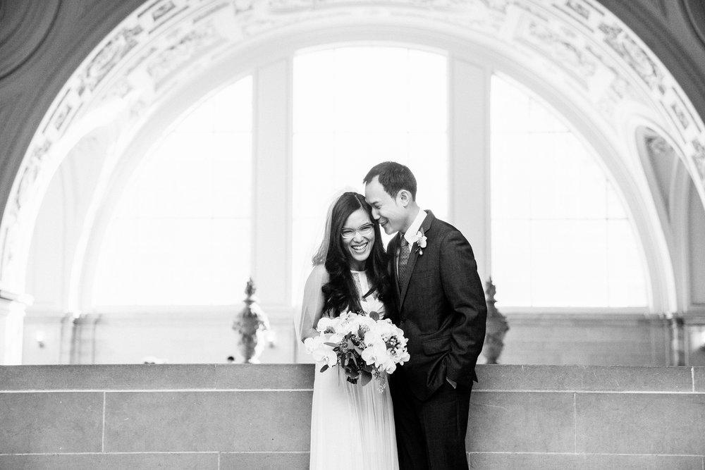 020_janaeshieldsphotography_sanfrancisco_cityhall_weddings.jpg