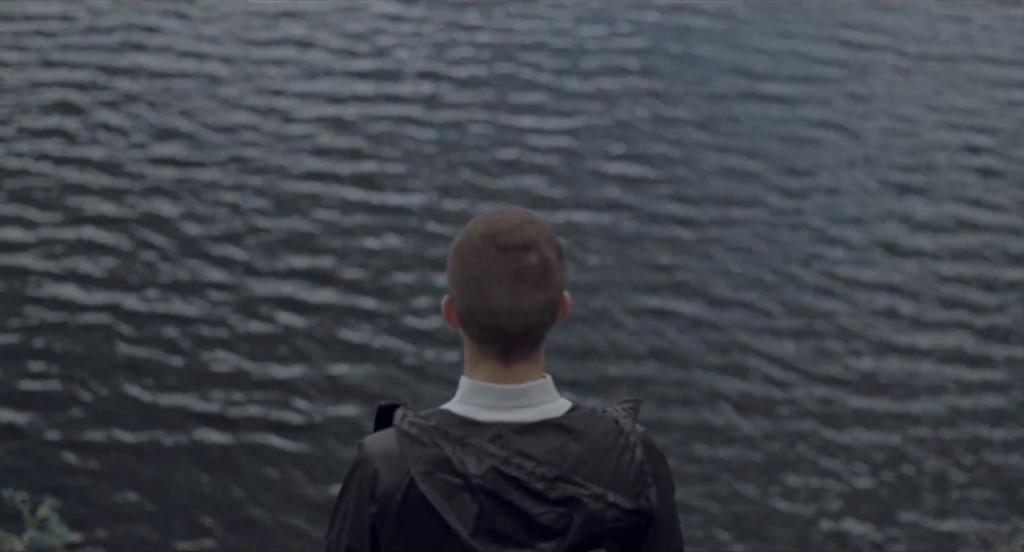 Anders (Anders Liebersen Lie) before attempting suicide.