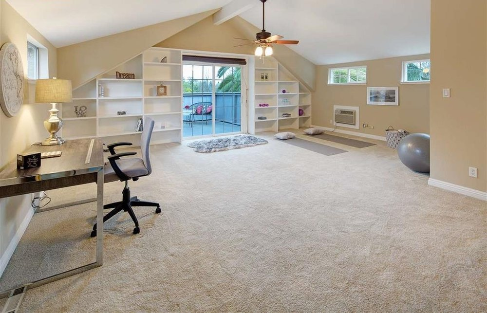 office - yoga room.JPG